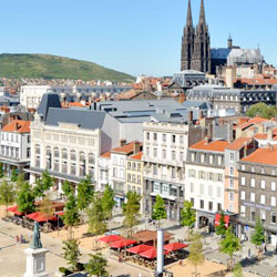 Cheap Flights  to Clermont ferrand